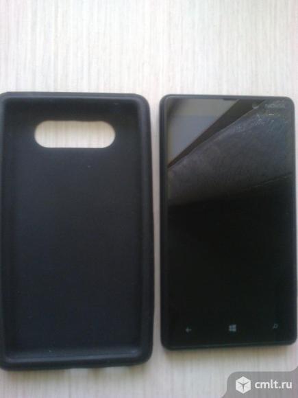 Смартфон Nokia Nokia Lumia 820 RM-825. Фото 1.