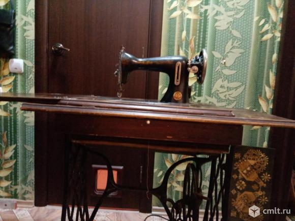 Швейная машинка с чугунной станиной. Фото 9.