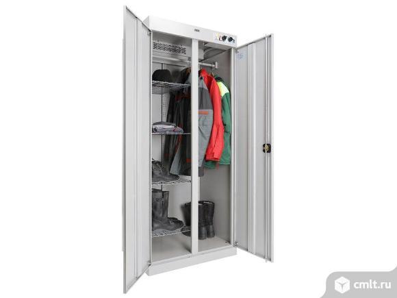 Сушильный шкаф для одежды и обуви. Фото 1.