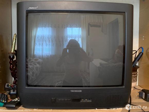 Телевизор кинескопный цв. Thompson 21MG10E. Фото 1.