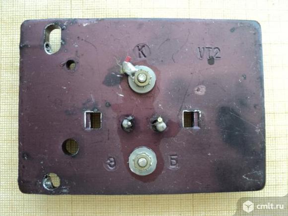 Радиодетали транзисторы. Фото 7.