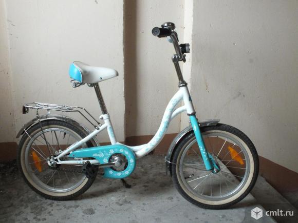 Велосипед для девочки в хорошем состоянии. Фото 1.