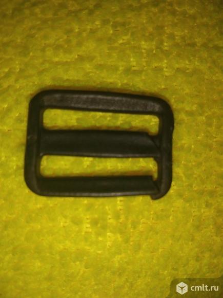 Пряжка для авто кресла детского железная. Фото 4.