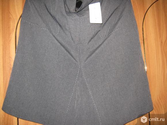 Новая деловая шелковая юбка. Фото 1.