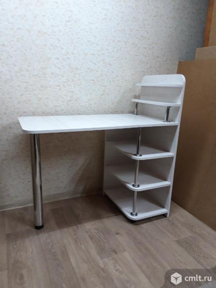 Маникюрный стол. Фото 2.
