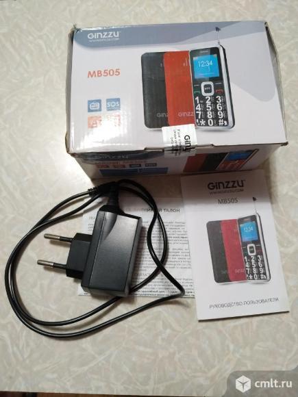 Телефон Ginzzu Mb505. Фото 2.