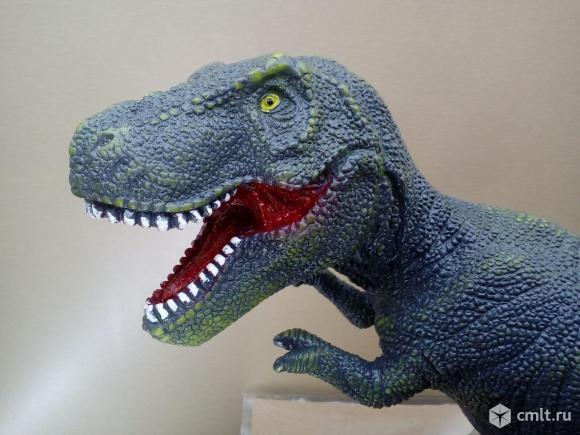 Тираннозавр резиновый. Фото 5.