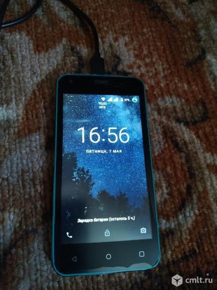 Смартфон Fly fs454. Фото 4.
