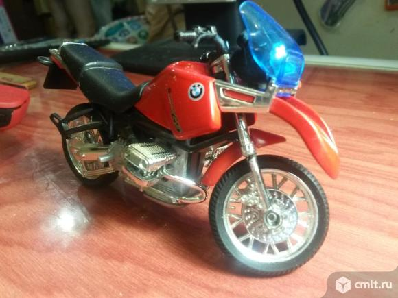 Модель мотоцикла. Фото 4.