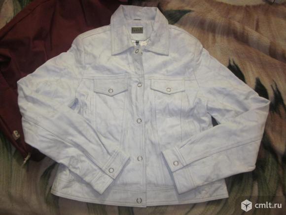 Демисезонная куртка. Фото 1.