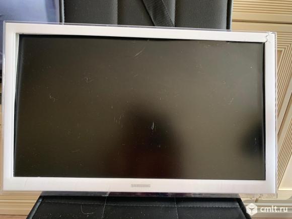Телевизор LED Samsung ue22h5610ak. Фото 1.
