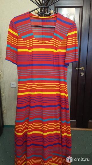 Платье трикотажное красное. Фото 1.