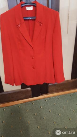 Пиджак красный новый 48 - 50. Фото 1.