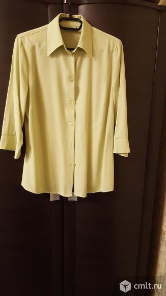 Блуза светло- зеленая 48-50р. Фото 1.