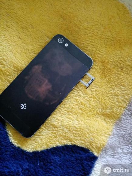 Смартфон DEXP lxionM340. Фото 4.
