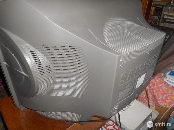Телевизор ж/к Samsung Тeлeвизоp SАМSUNG СS-29К3WТQ Произвoдствo Корея.рВ. Фото 2.