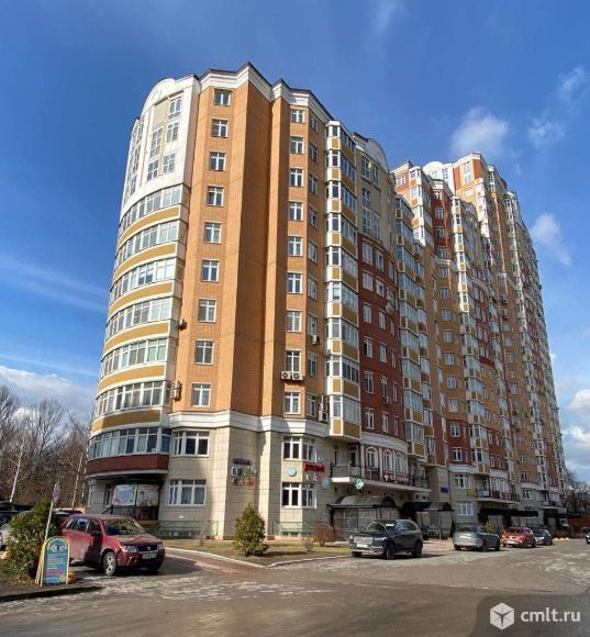 Продам 2-комн. квартиру 129.6 кв.м.. Фото 1.