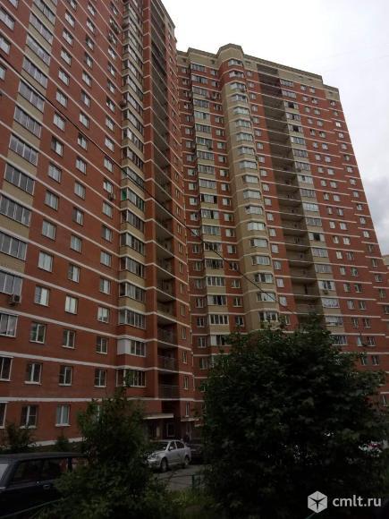 Продам 2-комн. квартиру 67 кв.м.. Фото 1.