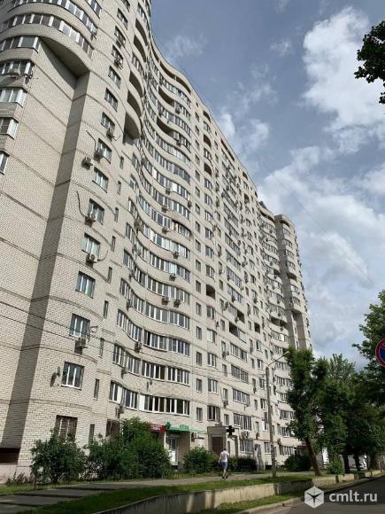 2-комнатная квартира 81 кв.м. Фото 1.
