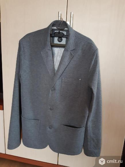 Мужской пиджак серого цвета. Фото 1.