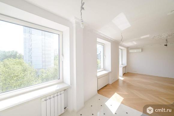 Продается студия 42 кв.м.. Фото 1.