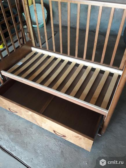Детская деревянная кровать. Фото 3.