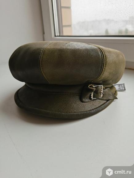 Кожаные шапки, новые. Фото 1.