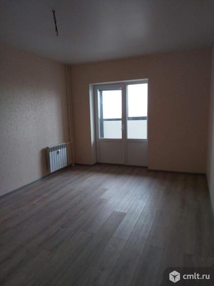 Продается 2-комн. квартира 63 кв.м.. Фото 1.