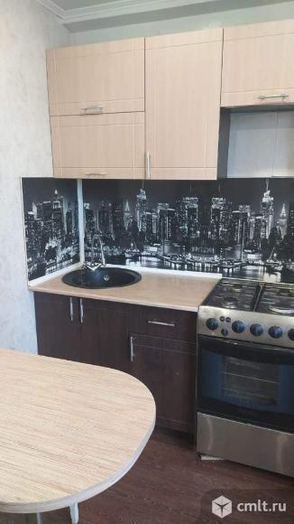 Продается 2-комн. квартира 42 кв.м.. Фото 1.