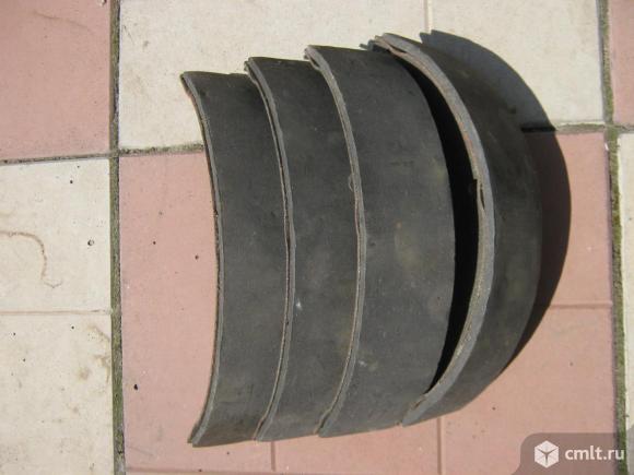 Тормозные колодки ваз задние новые. Фото 4.