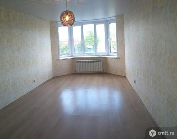 Продается 1-комн. квартира 42 кв.м.. Фото 1.