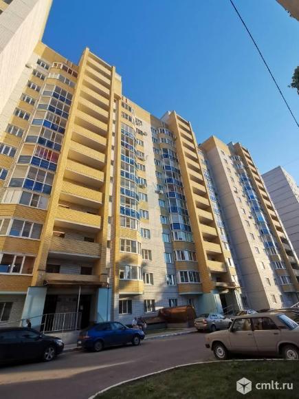 2-комнатная квартира 74,7 кв.м. Фото 1.