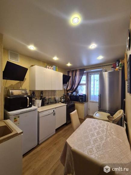 Продается 4-комн. квартира 87.7 кв.м.. Фото 1.