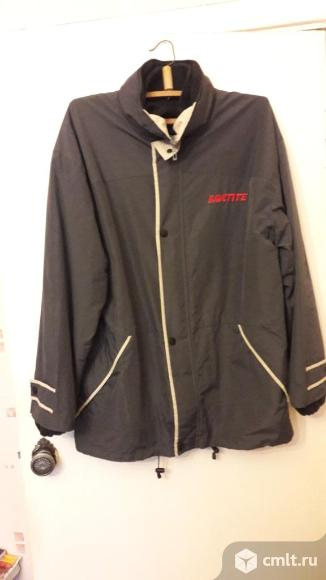 Плащевая куртка с отстегивающей курткой размер 52. Фото 1.