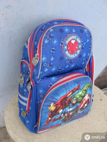 Школьные рюкзаки для мальчика / девочки. Фото 1.