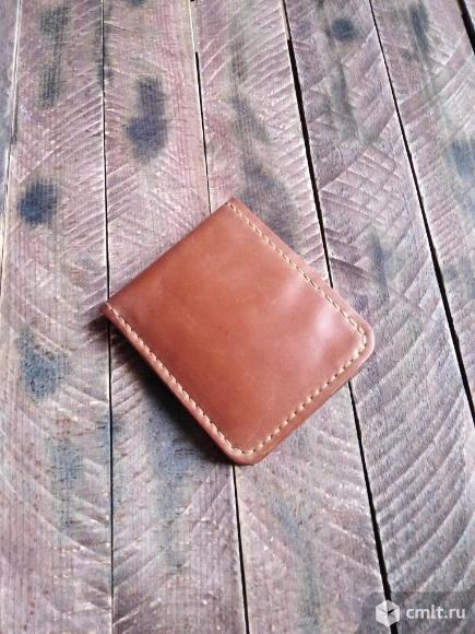 Кошелёк из натуральной кожи ручной работы.. Фото 1.
