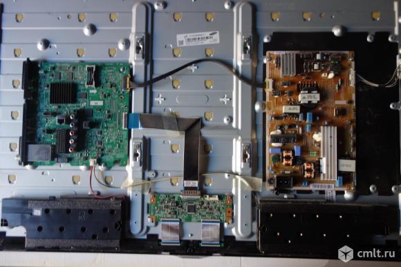 Телевизор LED Samsung UE39F5300AK. Фото 1.