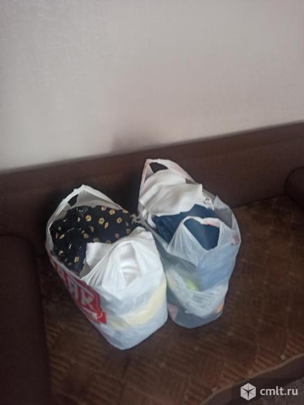Пакеты одежды, в хорошем состоянии(на любое случай). Фото 1.