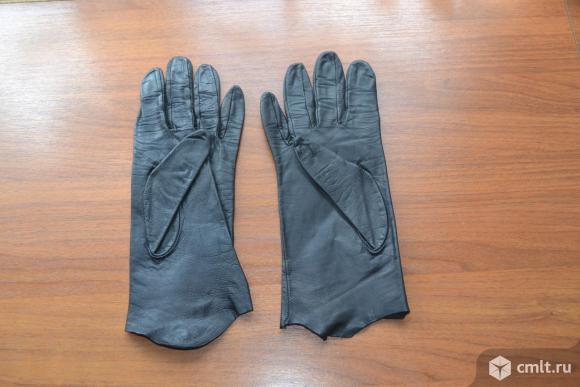Перчатки женские, кожаные. Фото 2.