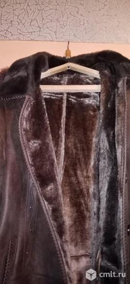 Дублёнка и пальто-пуховик. Фото 4.