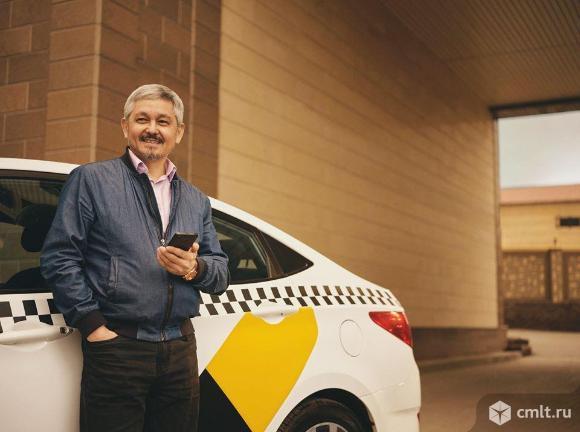 Водитель такси. Фото 1.