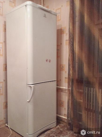 Холодильник Indesit. Фото 1.