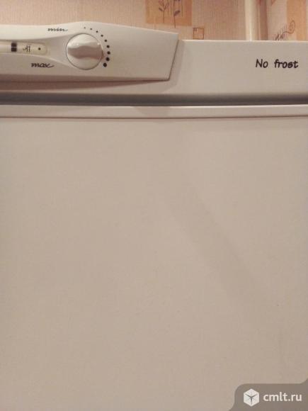 Холодильник Indesit. Фото 3.