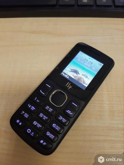 Телефон Fly FF179. Фото 1.