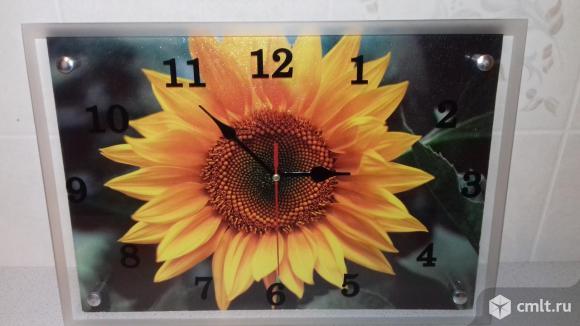 Часы настенные новые. Фото 1.