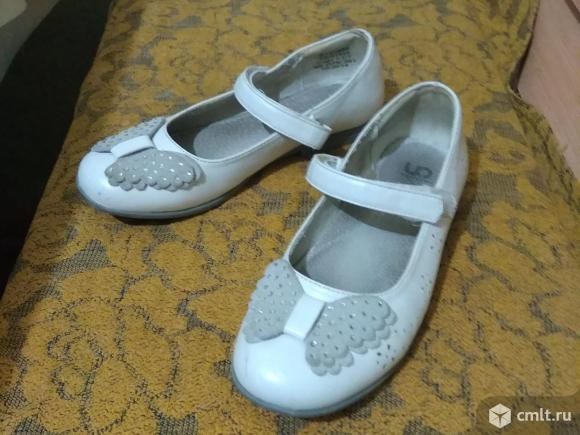 Туфли белые р.33. Фото 1.