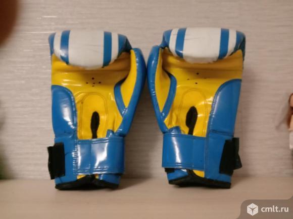Боксерские перчатки для школьника, 8 унций, б/у, 550 р. Фото 2.