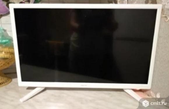 """Как новый гарантия 22"""" (55 см) Телевизор LED DEXP F22D7200E/W белый. Фото 1."""