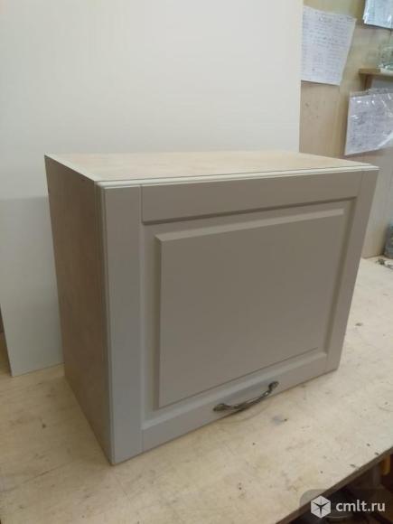 Шкафчик навесной (антресоль) новый. Фото 1.