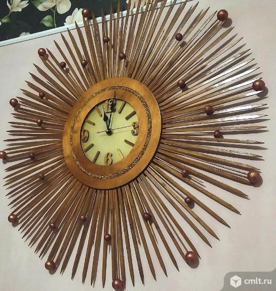 Часы настенные интерьерные. Фото 1.